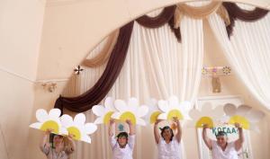 Праздничная программа «Весенний праздник – 8 Марта»
